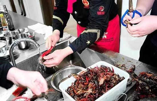 全国唯一小龙虾专业首批招86人