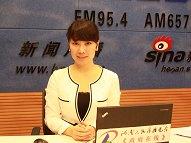 《政府在线》主持人 杜芳