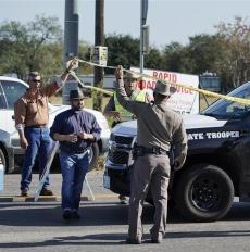 得州一教堂发生枪击事件