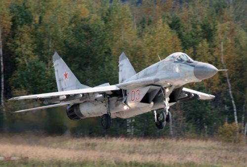 印度空军米格战机逾半数坠毁 将升级米格 29