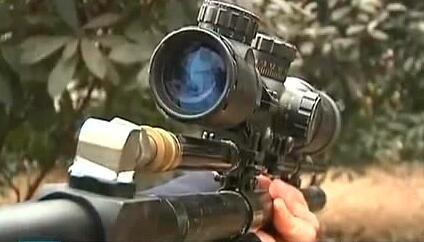 网上买卖枪 警方顺藤摸瓜