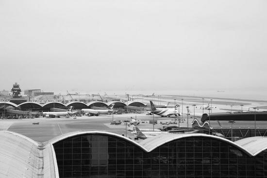 香港赤鱲角国际机场飞机跑道