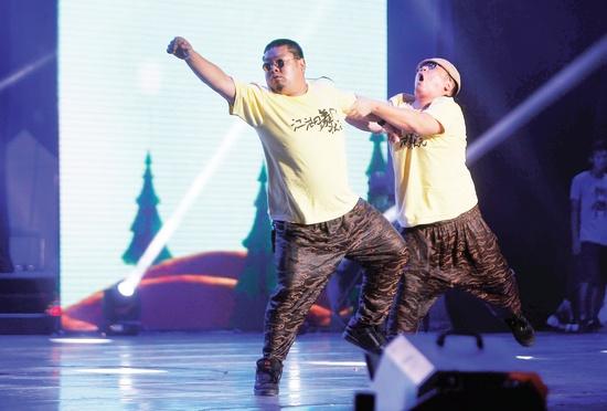 """""""胖子""""不仅会唱歌,还会跳舞,更会""""打太极"""",这就是《你最有才》第六"""
